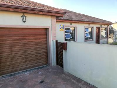 3 Bedroom House for Sale in Hagley, Kuils River - Western Cape