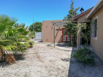 3 Bedroom House for Sale in Highbury Park, Kuils River - Western Cape