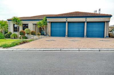 4 Bedroom House for Sale in Haasendal, Kuils River - Western Cape